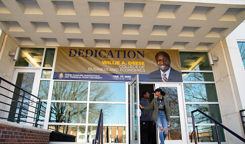 Wille Deese College of Business and Economics dedication